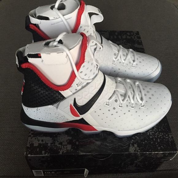 best service 14304 5d538 Nike LeBron XIV 14 Flip the Switch Shoes 10.5 NWB.  M 5a667077d39ca231990c17fc